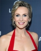 Jane Lynch's Short Cropped Haircut