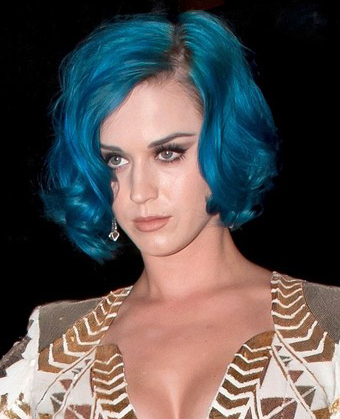 Sexy  Haircuts on Katy Perry S Sexy Curly Bob Haircut 133169030813 Jpg