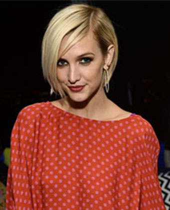 Ashlee Simpson S Edgy Pixie Haircut