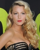 Blake Lively's Retro Red Carpet Waves
