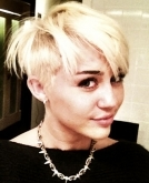 Miley Cyrus Debuts New Short Pixie Haircut