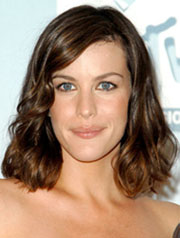 Liv Tyler's lob hairstyle best for long face shapes