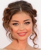 Sarah Hyland's Cute Updo Hairstyle