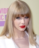 Taylor Swift's poker straight hairdo