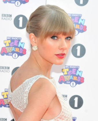 Taylor Swift's Intricate Updo
