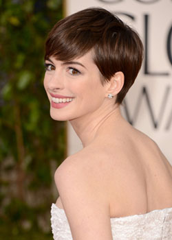 Anne Hathaway best hairstyle of the Golden Globes 2013