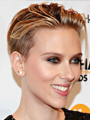 Scarlet Johansson's Christmas party hairstyle