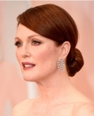 Julianne Moore's sophisticated chignon