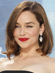 Emilia's chicest bob, not only for the cautious