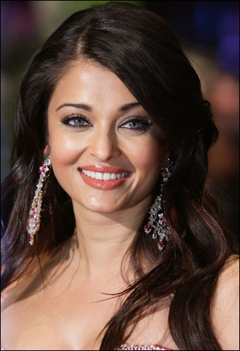 Hair Style Gallery on Aishwarya Rai Hairstyles