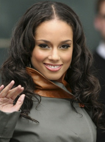 Alicia Keys' Long Curly Hairstyle