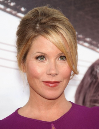 church hairstyles : Hairstyle Christina Applegate4 Htm Blonde Hair With Brown Lowligh ...