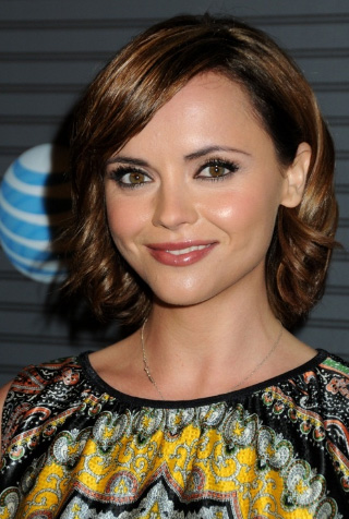 Christina Ricci Layered Haircut