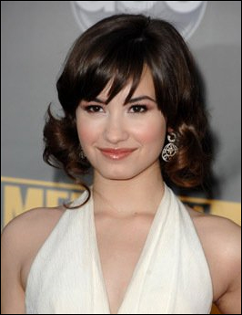 Demi Lovato l 16033 SDAC's Experience Fiesta, Experience Hollywood 2011 contest – five grand ...