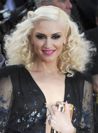 Gwen Stefani S Sexy Ringlets Hairstyle