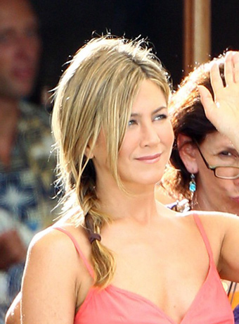 Jennifer Aniston's Asymmetrical Ponytail Hairstyle