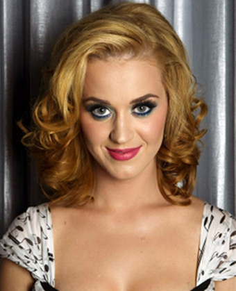 Katy Perry Rocks New Blonde Hair