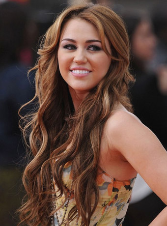 Miley Cyrus Long Brown Waves