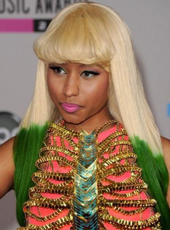 nicki minaj green eyes. nicki minaj super bass video