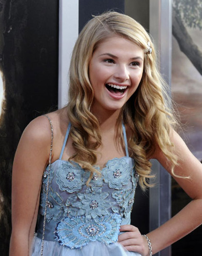 Stefanie Scott's Volumizing Hairstyle