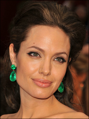 angelina jolie red carpet. Angelina Jolie Oscar Hair