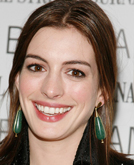 Anne Hathaway's Half Up Half Down Hairstyle