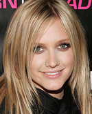 Ashlee Simpson's Straight Hairstyle