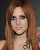Ashlee Simpson's Long Straight Hair With Bangs