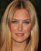 Bar Refaeli's Medium-Parted Long Hairstyle at 2010 Oscars After Party