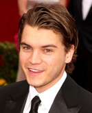 Emile Hirsch's Brown Hairstyle at Oscars 2009