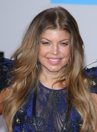 Fergie's Dark Brown Loose Waves