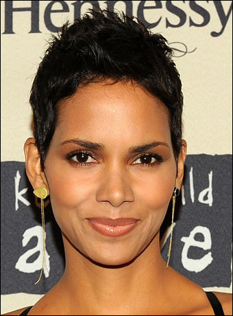 halle berry short hair. Halle Berry#39;s Chin Short