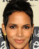 Halle Berry's Chin Short Hairstyle