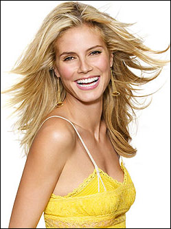 Medium Hairstyle With Heidi Klum
