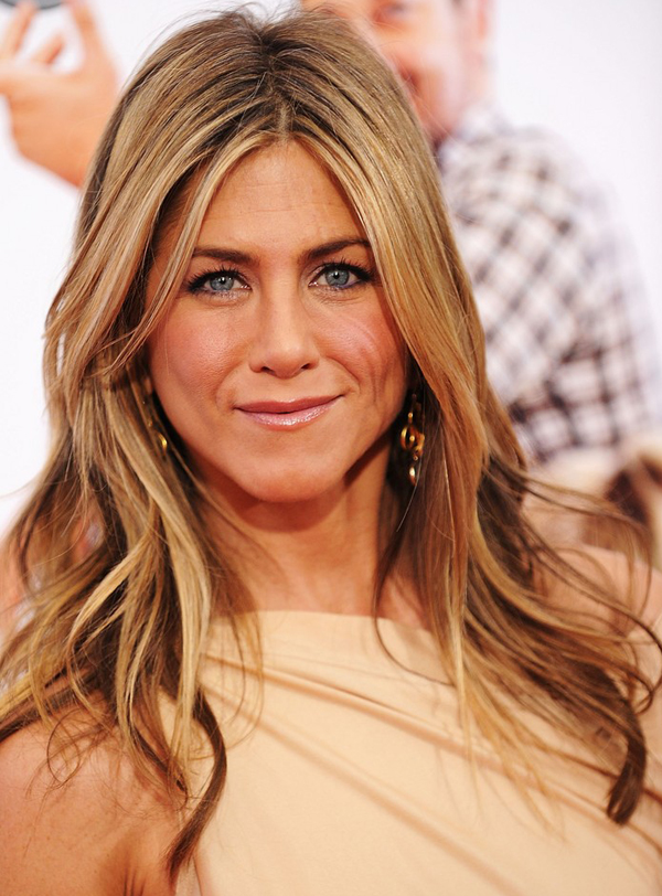 Jennifer Aniston 39s Long Wavy Hairstyle Posted by Spanish Creed on Thu