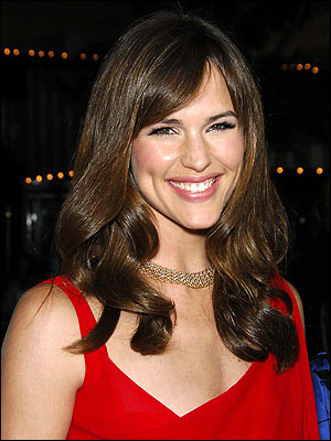 Long Loose Curls with Jennifer Garner