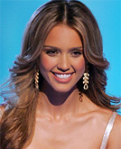 Jessica Alba's Curly Hairstyle