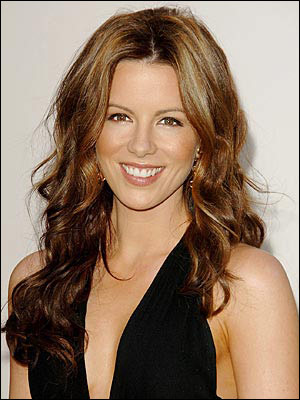 Kate Beckinsale Curly Hairstyle