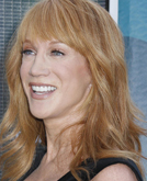 Kathy Griffin's Shoulder Lenght Hairstyle with Bangs at 2009 Teen Choice Awards