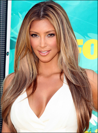 kim kardashian hairstyles 2009. Kim Kardashian#39;s Long Layered