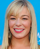 LeAnn Rimes's Layered Hairstyle with Bangs at 2010 ACM Awards