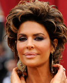 Lisa Rinna's Layered Curly Hairstyle at Oscars 2009