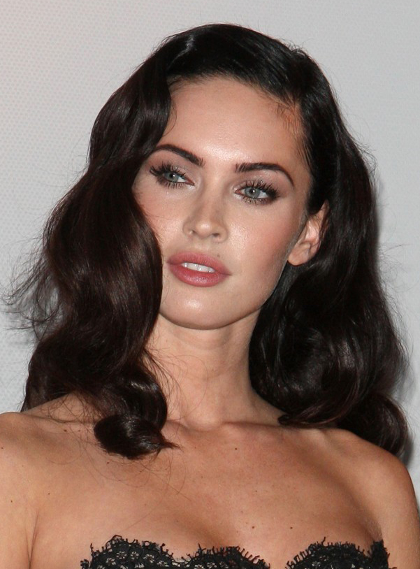 Megan Fox S Long Wavy Hairstyle