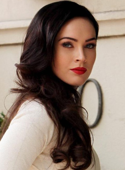 Megan Fox's Side Swept Long Wavy Hairstyle