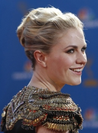 Anna Paquin hairstyles