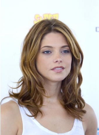 Ashley Greene's Wavy Hairstyle