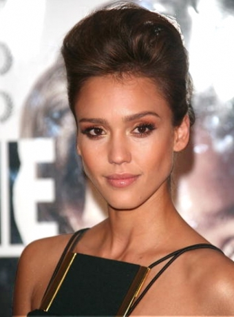 Jessica Alba's Updo Hairstyle