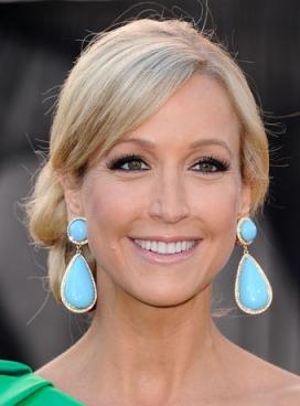 Lara Spencer hairstyles