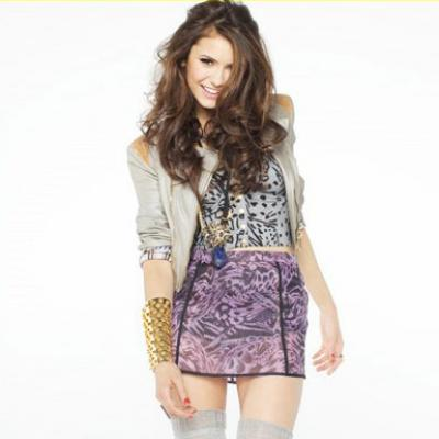 Nina Dobrev's Long Brwon Curly Hairstyle. Posted by Manoela on Fri, ...