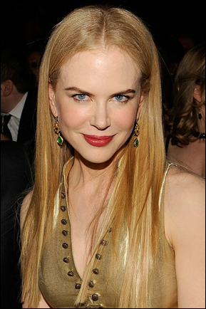 Nicole Kidman's Long Straight Hairstyle at Grammys 2009